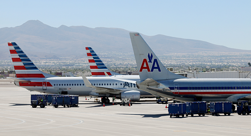 American Airlines airplanes old new livery Las Vegas airport